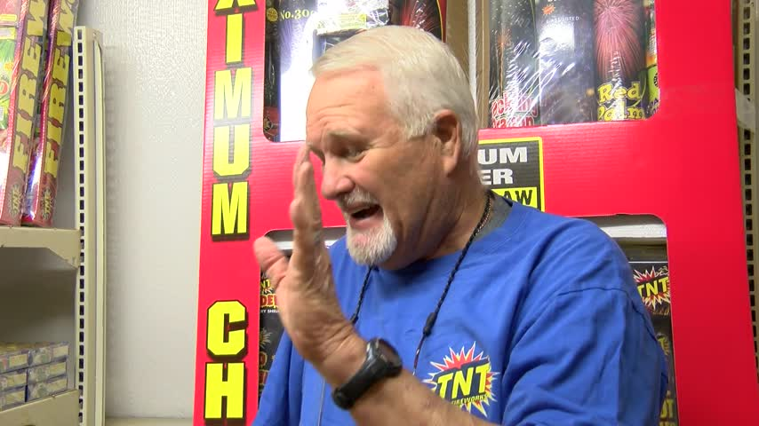 Local Firework stands prepare sales for July Fourth_05863674-159532