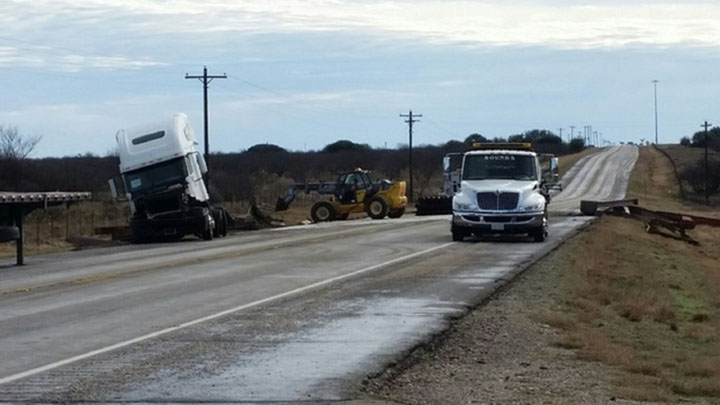 Two Semi-Trucks Crash in Callahan County (2-20-17) - 720