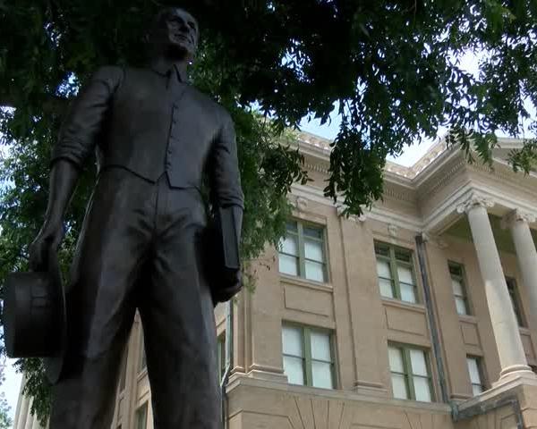 Confederate Monuments in Texas (KLBK)