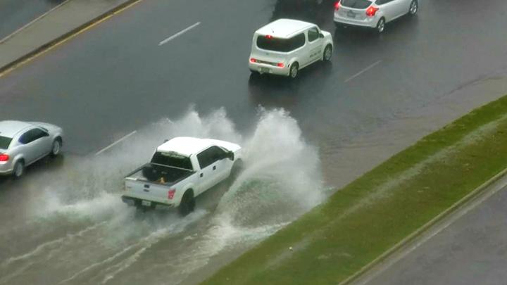 Lubbock rain street flooding 720