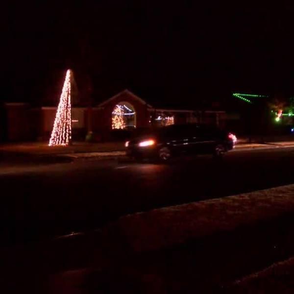 59th___Indiana_Christmas_lights_7_20181221234129