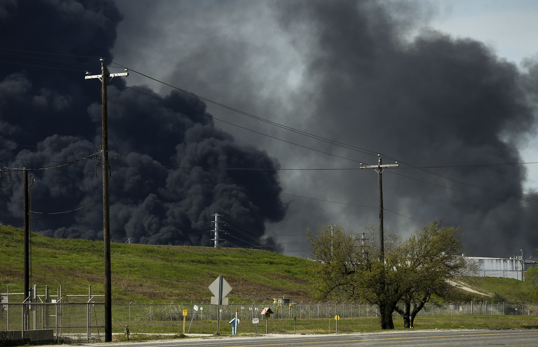 Petrochemical_Fire-Texas_02356-159532.jpg26982809