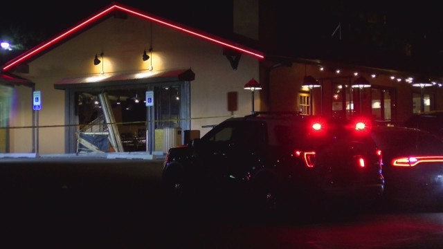 NMSP: 1 dead, 2 injured after vehicle crashes in Ruidoso restaurant Friday