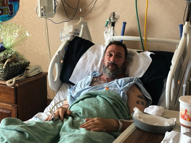 """Man fighting vaping-related lung illness: """"If I die, let somebody else live off of my mistake"""""""