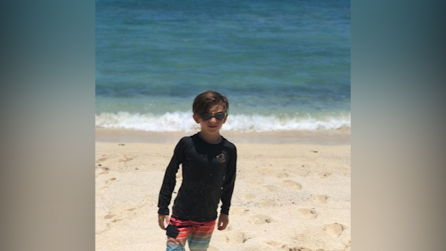 Wish Wednesday: Elliot explores everything Hawaii has to offer