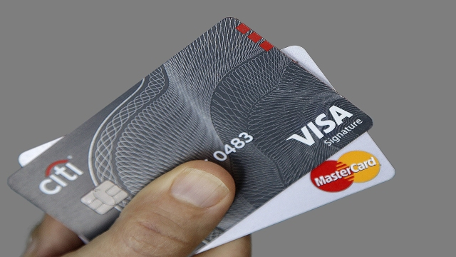 Beware of credit-card mismanagement – It could just ruin your holidays