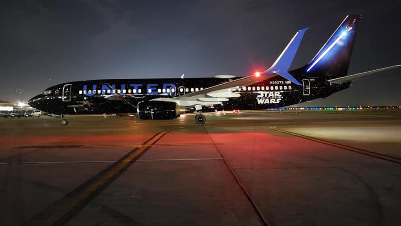 United Airlines Debuts Star Wars Themed Boeing 737 Klbk Kamc Everythinglubbock Com