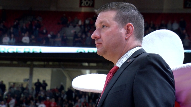 Beard preaches process ahead of matchup with No. 1 Louisville