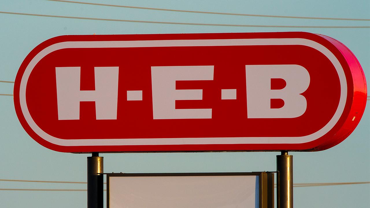 H-E-B Sign 114th & Quaker, H-E-B Lubbock - 1280