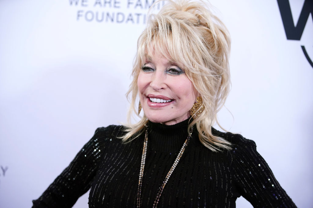 Dolly Parton announces release date for Netflix Christmas movie