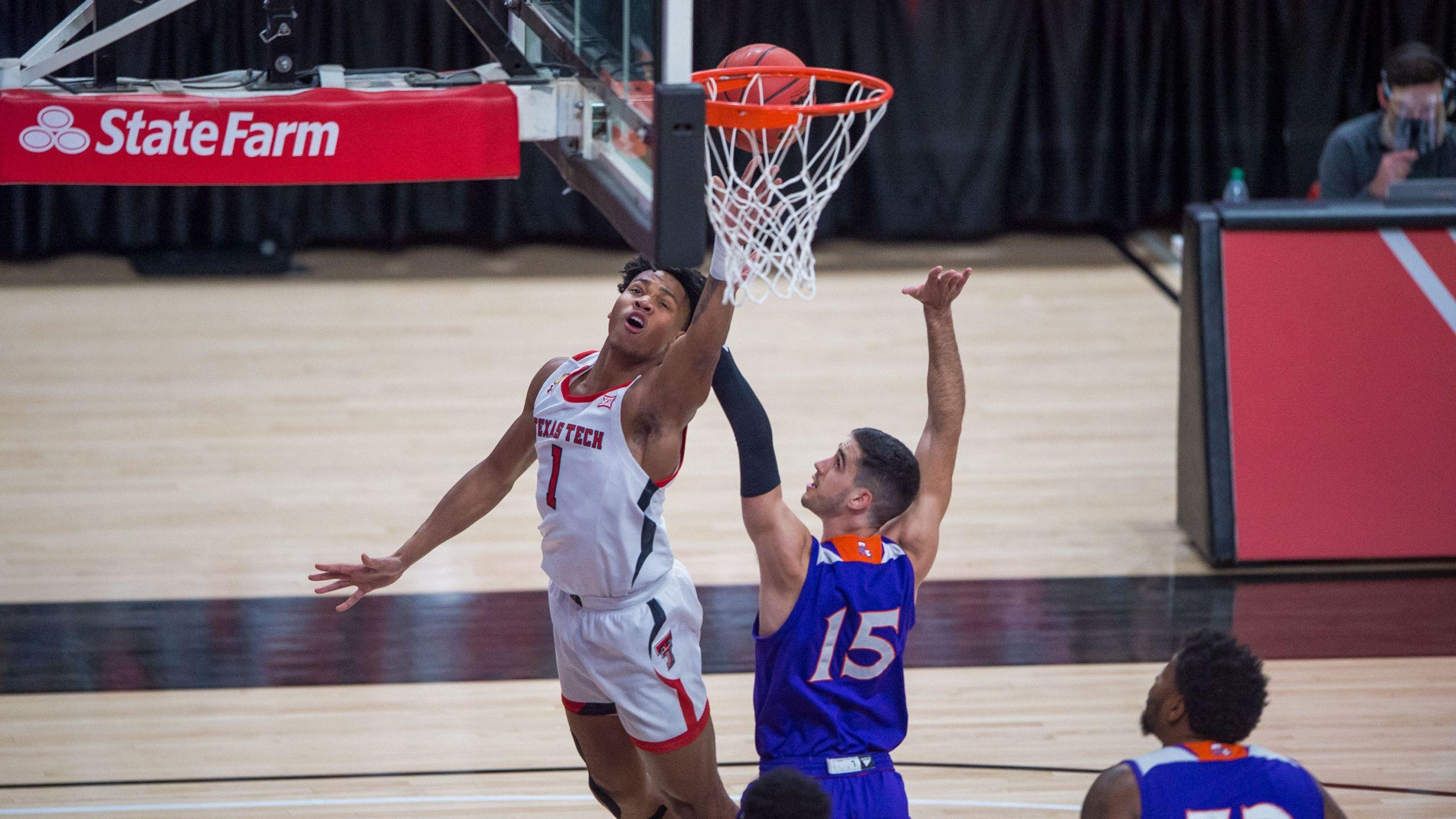 Texas Tech Men S Basketball Takes Down Northwestern State In Season Opener Klbk Kamc Everythinglubbock Com