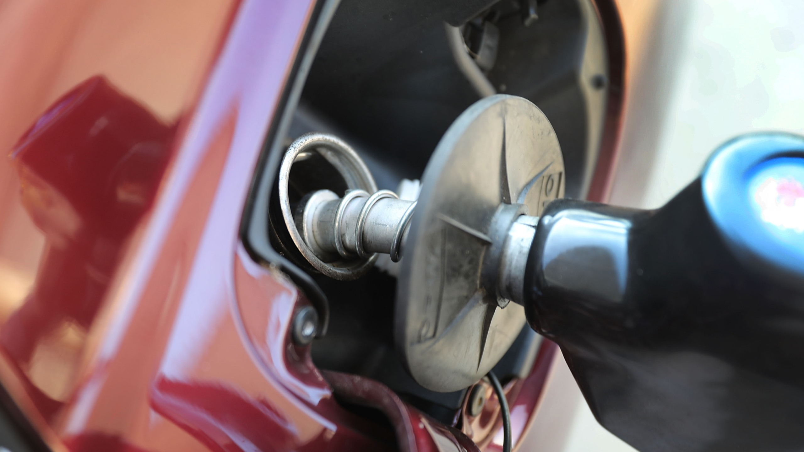 Gas Pump Nozzle (Getty Images)